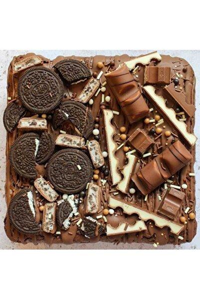The Box Bakery Oreo-kınder Mix Brownie 4 Dilim