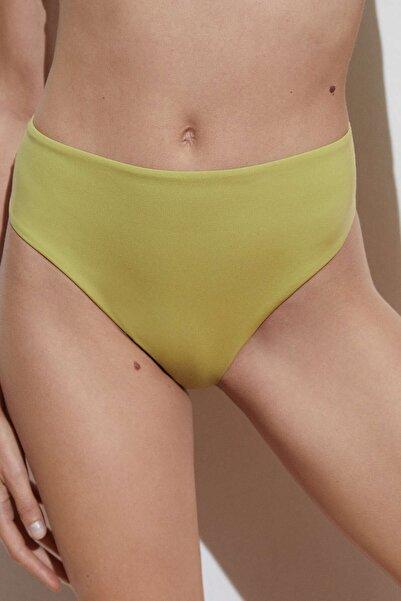 Oysho Yüksek Belli Bikini Altı