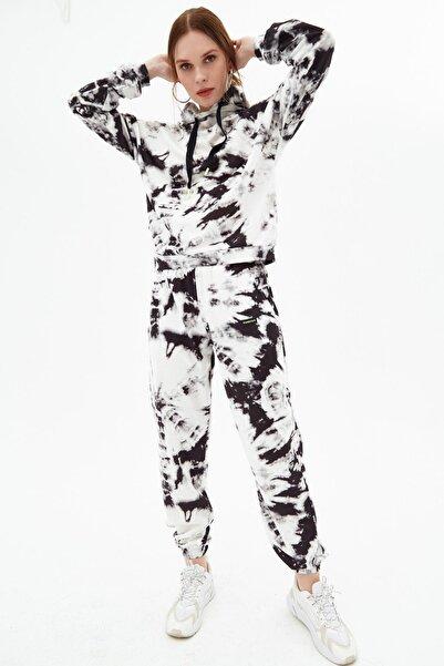 Pattaya Kadın Siyah Batik Desenli Kapüşonlu Jogger Eşofman Takımı P21s201-2036
