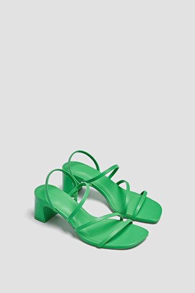 Pull & Bear Bantlı Yüksek Topuklu Sandalet