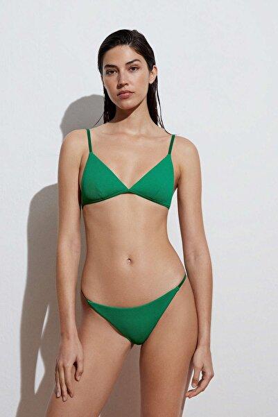 Oysho Bantlı Brezilya Modeli Bikini Altı. Geri Dönüştürülmüş Fitilli Kumaş.