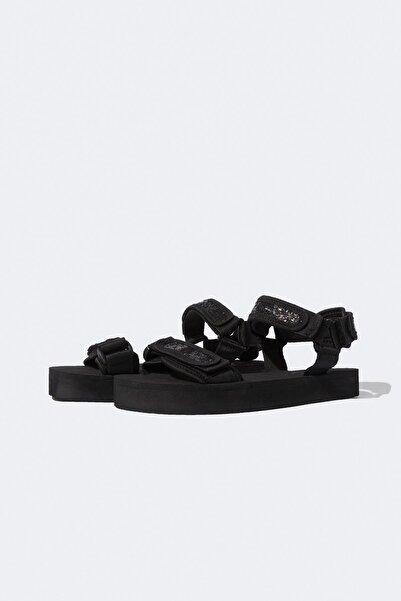 DeFacto Çift Bantlı Sandalet