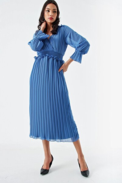 Modakapimda Kadın Mavi Piliseli Şifon Elbise