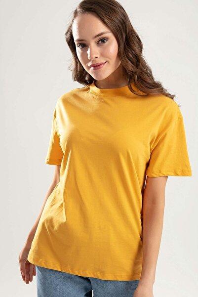 Pattaya Kadın Hardal Dik Yaka Basic Tişört PTTY20S-701