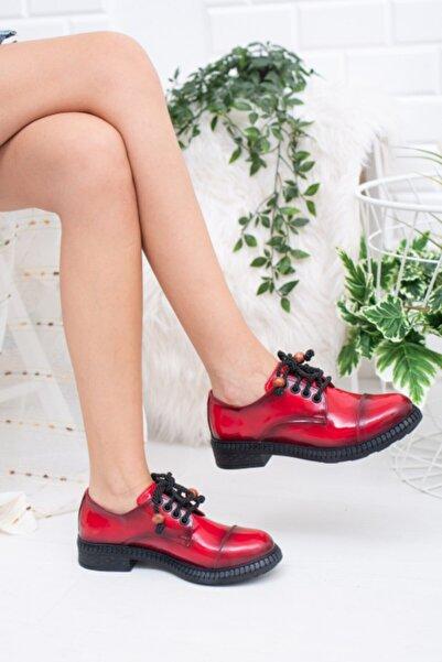 Favi Kadın Kırmızı Rugan Ayakkabı