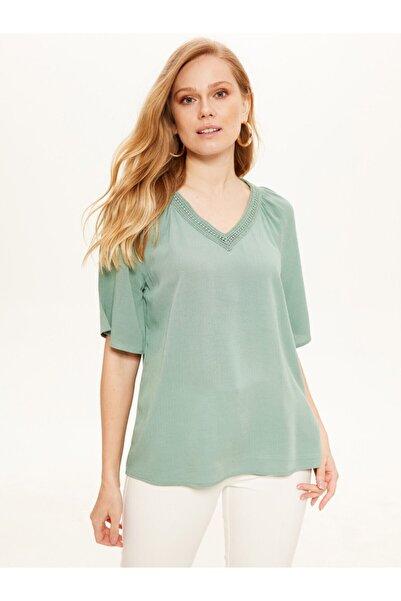 LC Waikiki Kadın Mat Yeşil Bluz