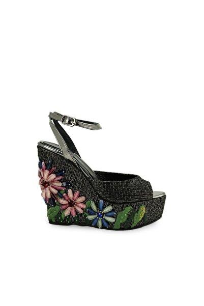 Vario Kadın Siyah Dolgu Topuklu Ayakkabı