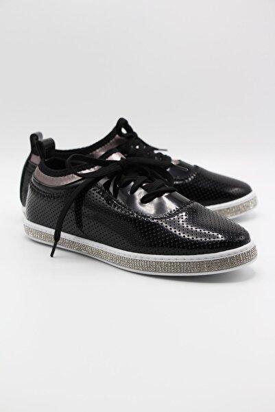 Markopark Kadın Siyah Taşlı Spor Ayakkabı