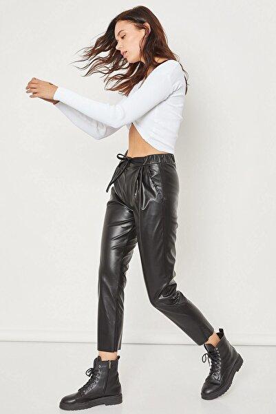 Arma Life Kadın Siyah Fermuar Detaylı Deri Pantolon