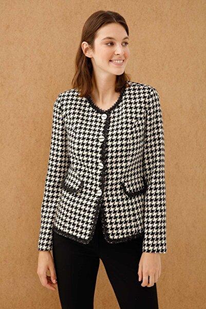Ekol Kadın Siyah Kazayağı Desenli Ceket