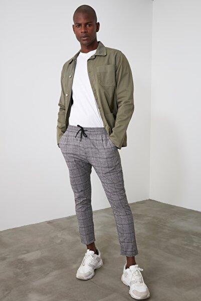 TRENDYOL MAN Gri Erkek Beli Lastikli Ekose Slim Fit Pantolon TMNAW21PL0355