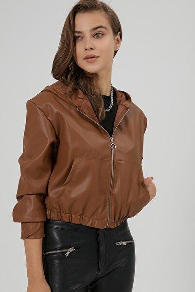 Y-London Kadın Taba Kanguru Cepli Crop Deri Ceket Y20W166-4000