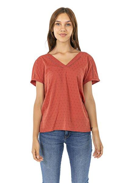 Cadde Cihangir Kadın Kiremit Renk Dantelli Yaka Kısa Kollu T-shirt