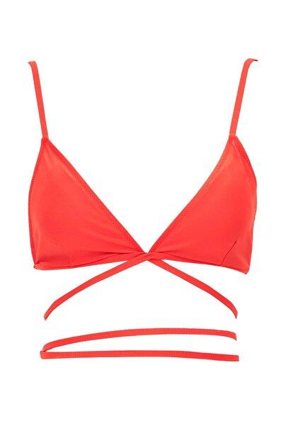 DeFacto Bağlama Detaylı Triangle Bikini Üstü