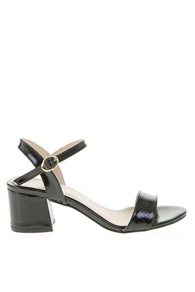 Fabrika Siyah Topuklu Ayakkabı