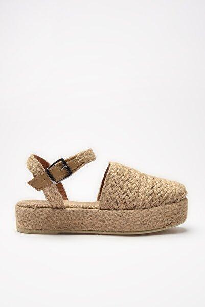 TRENDYOL SHOES Bej Hasır Kadın Sandalet TAKSS21SD0050
