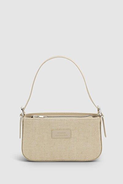 Housebags Kadın Tokalı Hasır Krem Baguette Çanta 208