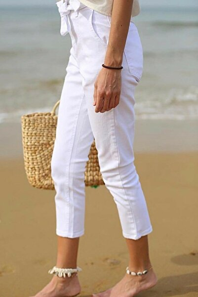 ModaDeniz Beyaz Beli Kemerli Boyfriend Jean