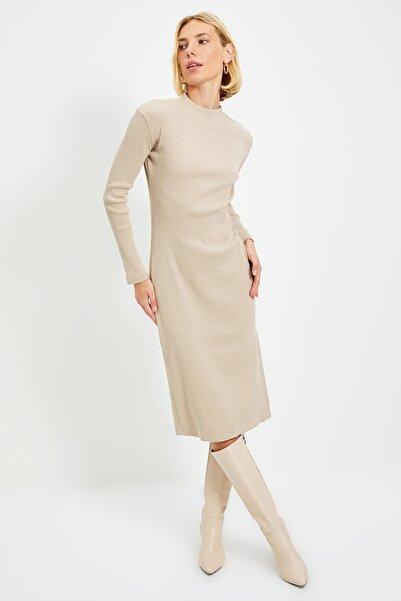TRENDYOLMİLLA Vizon Fitilli Bodycon Midi Örme Elbise TWOAW21EL0135