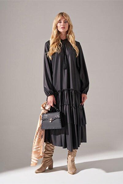 Mizalle Deri Detaylı Kat Kat Siyah Elbise