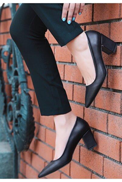 ERBİL Manina Siyah Cilt Topuklu Ayakkabı Numara 41