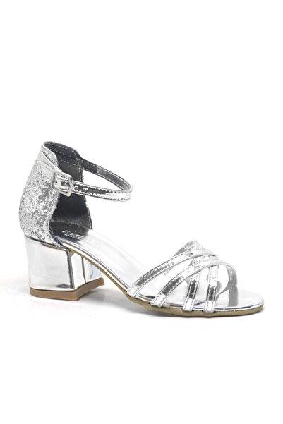 Sarıkaya Gümüş Kalın Topuklu Kız Çocuk Abiye Ayakkabı