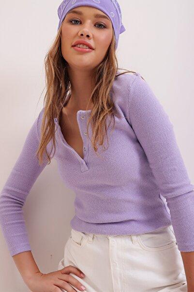 Trend Alaçatı Stili Kadın Açık Lila Çıtçıtlı Kaşkorse Bluz MDS-345-BLZ-RW