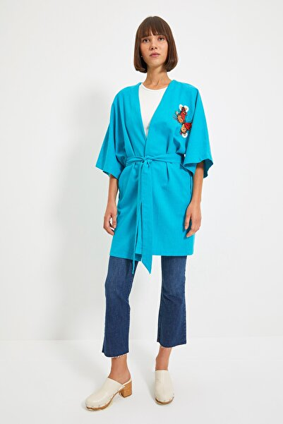 TRENDYOLMİLLA Mavi Nakışlı Kimono&Kaftan TWOSS21KM0159