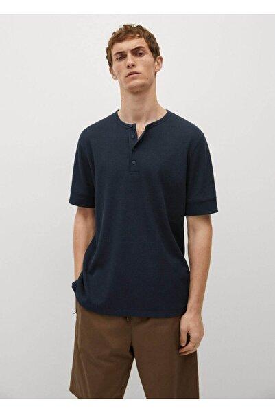 MANGO Man Erkek Lacivert Kalıplı Henley Yakalı Tişört