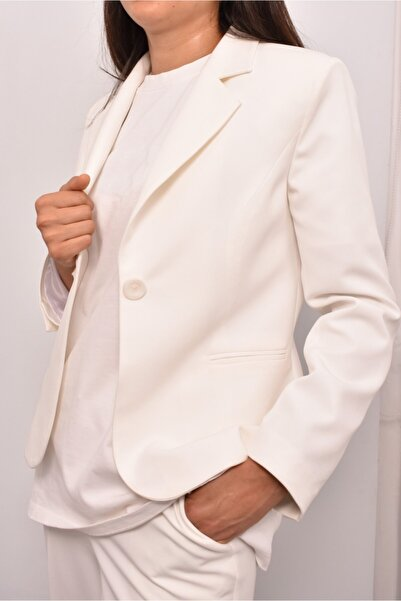 GİSSTORE Beyaz Kısa Klasık Ceket