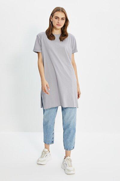Trendyol Modest Gri Basic Kısa kollu Yırtmaçlı Süprem Tesettür T-Shirt TCTSS21TN0056