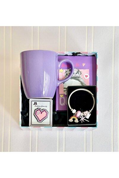 Gift Moda Pink Queen Tasarımlı Mini Albüm Mor Bulut Kupa Rozet Ve Gökkuşağı Pandora Bileklik Hediye Seti
