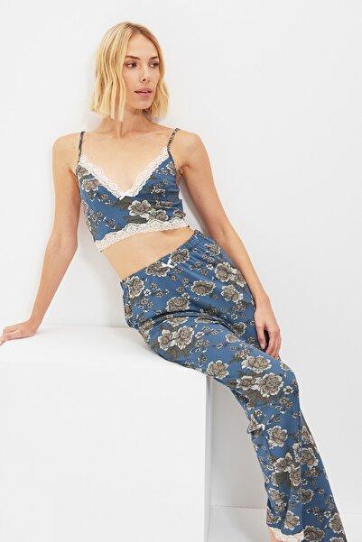 TRENDYOLMİLLA Çok Renkli Örme Pijama Takımı THMAW22PT0109