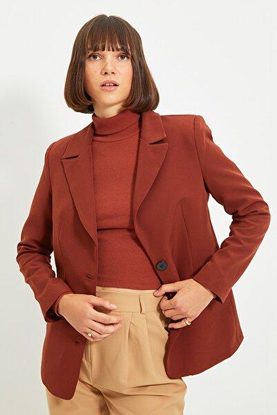 TRENDYOLMİLLA Kahverengi Düğmeli Blazer Ceket TWOAW22CE0168