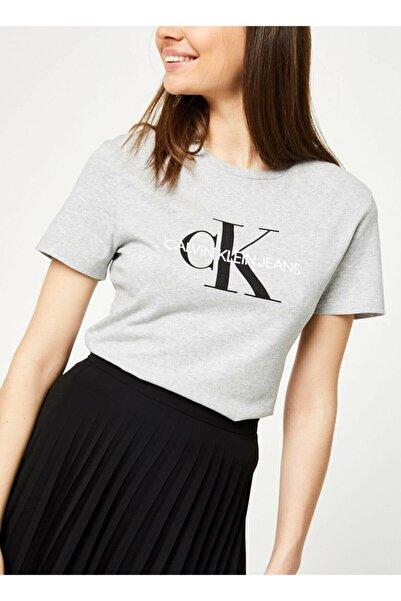 Calvin Klein Kadın Gri Baskılı T-shirt