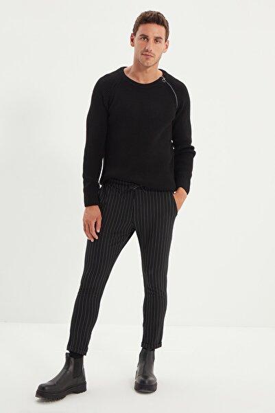 TRENDYOL MAN Siyah Erkek Çizgili Beli Lastikli Slim Fit Pantolon TMNAW21PL0108