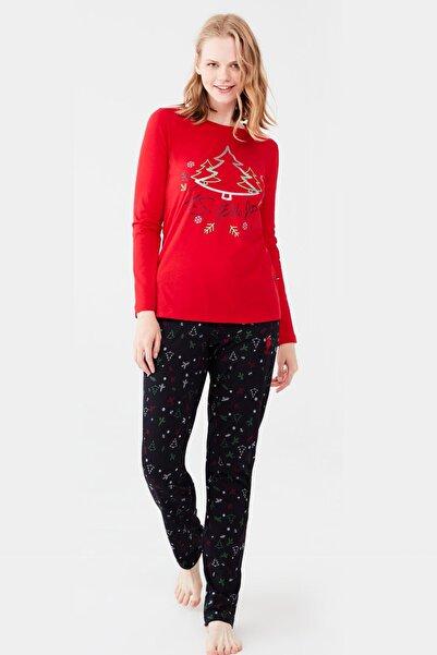 U.S. Polo Assn. %100 Pamuklu Çam Ağacı Resimli Kırmızı Kadın Pijama Takım