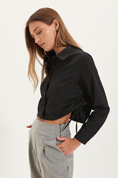 TRENDYOLMİLLA Siyah İp Detaylı Gömlek TWOAW22GO0265