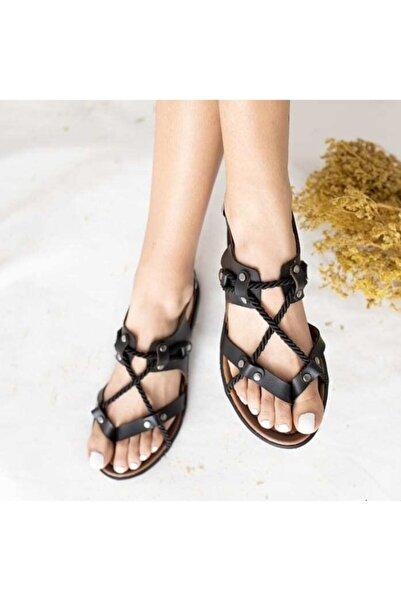 She Kadın Siyah İpli Sandalet
