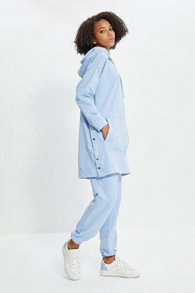 Trendyol Modest Mavi Çıtçıt Detaylı Kapüşonlu Tesettür Eşofman Takımı TCTSS21EM0072