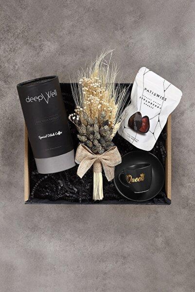 DEEPWELL Black Queen Fincan Kahve Çikolata Çiçek Demeti Hediye Seti