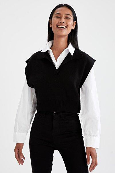 DeFacto Kadın Siyah Polo Yaka Relax Fit Crop Triko SüveterV1810AZ21AU