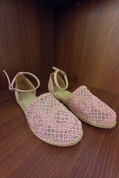 GNY AYAKKABI Kadın Pembe Örgülü Sandalet