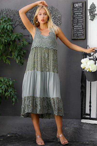 Chiccy Kadın Haki İtalyan Özel Tasarım Dantel Kolsuz Astarlı Uzun Elbise M10160000EL94341