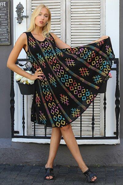 Chiccy Kadın Siyah Hint İşi Kolsuz Geometrik Desenli Oversize Dokuma Elbise M10160000EL94418