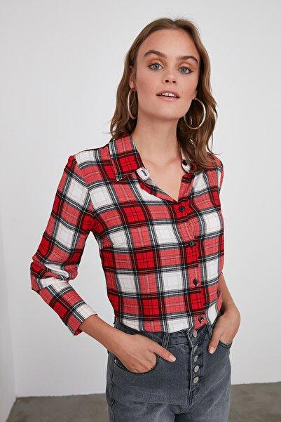 TRENDYOLMİLLA Kırmızı Ekoseli Ceket Gömlek TWOAW21GO0231