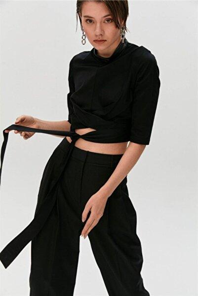 rue. Siyah Düğüm Detaylı Ve Kuşaklı Bluz