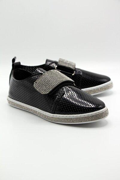 Markopark Kadın Siyah Taşlı Spor Ayakkabı 1003