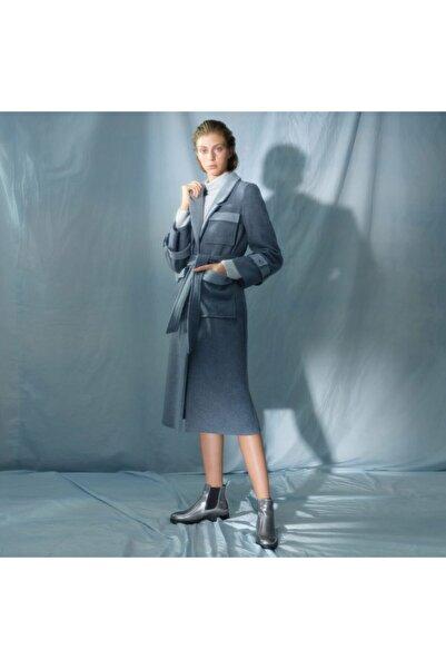 Yargıcı Kadın Mavi Cep Detaylı Uzun Palto