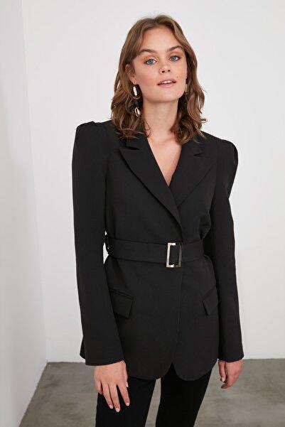 TRENDYOLMİLLA Siyah Beli Kemerli Blazer Ceket TWOSS20CE0052